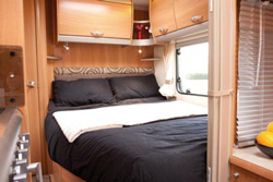 Swift Challenger 570 Bedroom