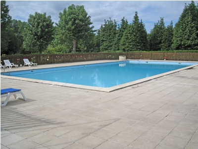 The good sized onsite swimming pool