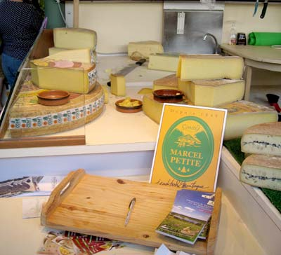 Le Compte cheese in the market at dole