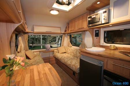 orion 400 living area