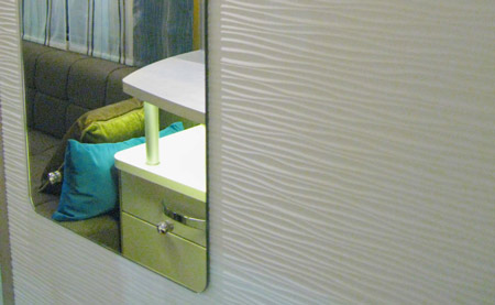 Swift Colour Concept Caravan iPhone Mirror