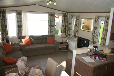 Living-area-inside-the-Avon-Lodge