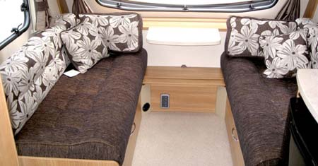 Swift Sprite Alpine 4 berth caravan lounge
