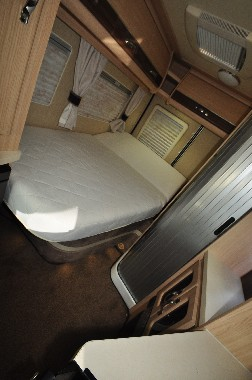 Auto-Sleeper Kingham sleeping area 2