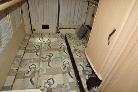 Auto-Sleeper Warwick Duo Beds