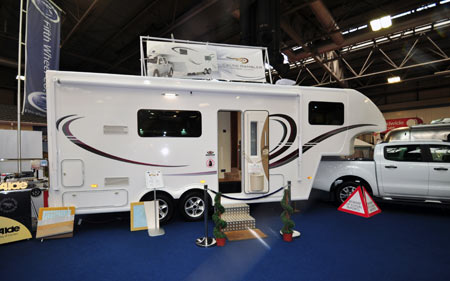 Fifth Wheel Celtic Rambler Exterior