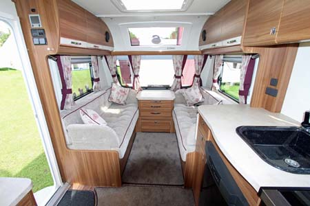 Elddis Affinty 540 Interior Looking Forward