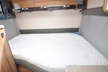 Swift Rio 325 Bed