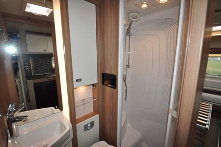 Swift Bolero 744 Shower