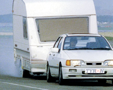 tyron-band-tourer-caravan