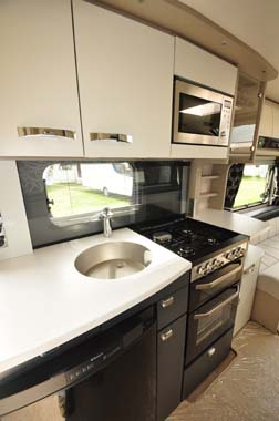 Sterling Continental 530 Kitchen
