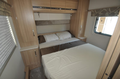 Coachman Pastiche 545 Double bed