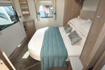 Compass Camino 660 double bed