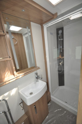 Coachman Laser 675 shower room