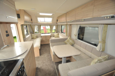Elddis Avante 840 interior looking forward