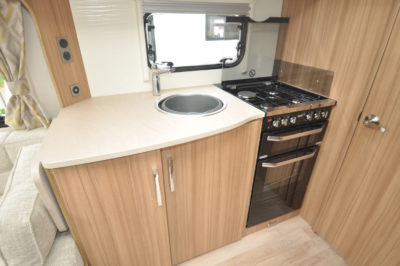 Lunar Clubman SR Kitchen