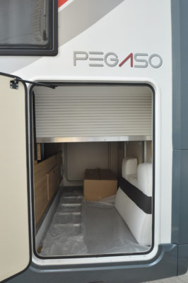 Roller Team Pegaso 740 garage