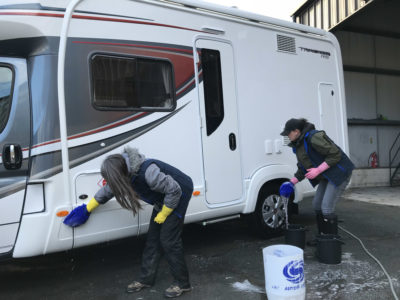 Motorhome cleaning sides