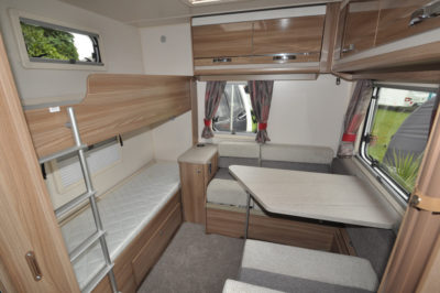 Swift Challenger 590 bunk beds and dining table
