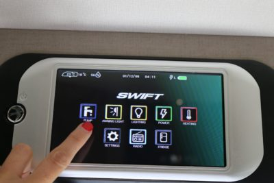 New Swift Command touch screen (3)