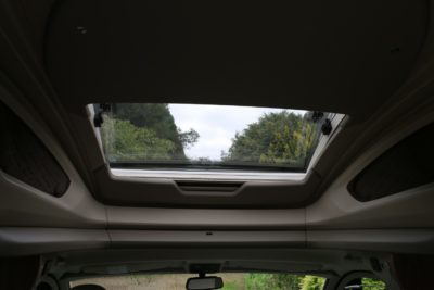 Swift Kon Tiki 650 electric sun roof