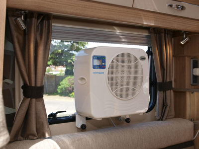 Guide to keeping cool in your motorhome or caravan thumbnail
