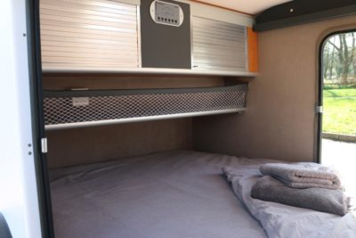 Carette 1500 caravan sleeping area