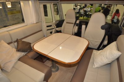 Rapido Distinction i1090 Seating