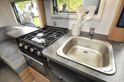 2020 Bailey Discovery D4-3 caravan kitchen